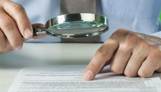 Erbverzichtsvertrag und Übernahmevertrag hinsichtlich der Erbanteile