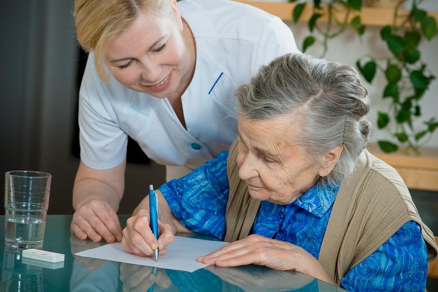 Pflegefreibetrag bei der Erbschaftssteuer für Kinder bei der Pflege ihrer Eltern
