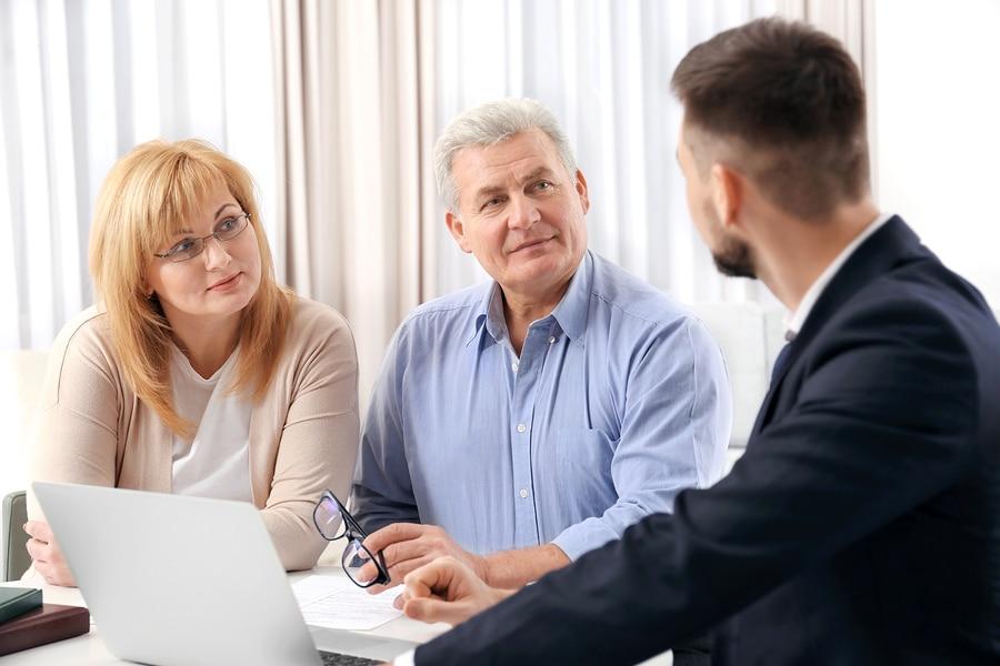 Sittenwidrigkeit eines notariellen Ehevertrags – Anfechtung nach Tod des Ehegatten