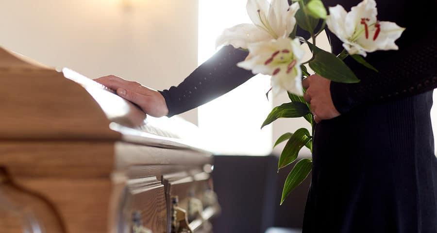 Erbenhaftung: Kostenerstattungsanspruch für Beerdigung