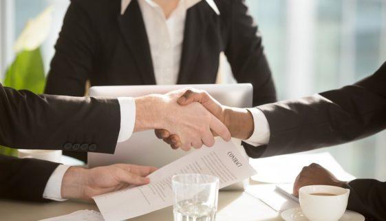 Übergang eines Leasingvertrags auf einen minderjährigen Erben