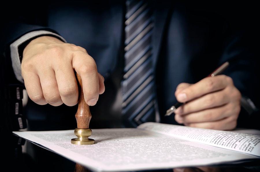 Schenkungssteuerpflicht: Nichtbelehrung bei Beurkundung eines Schenkungsvertrags
