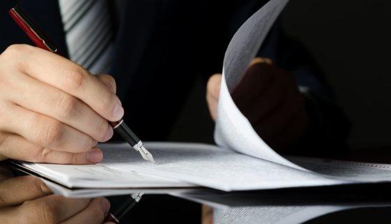 Pflichtteilsergänzungsanspruch wegen Herabsetzung des Erbes durch Schenkungen