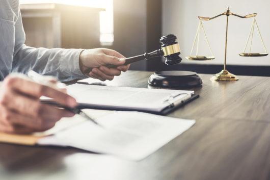 Verstoß gegen erbvertragliches Verfügungsverbot - Schadensersatzanspruch