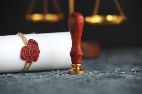 Pflichtteilsentziehung – Unwirksamkeit und Auskunftsanspruch über Nachlassvermögen