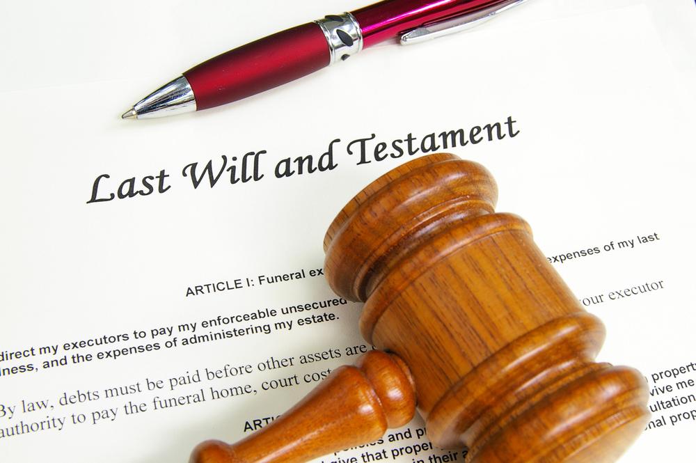 Erbscheinverfahren – Bindung an Feststellungsurteil über die Erbenstellung