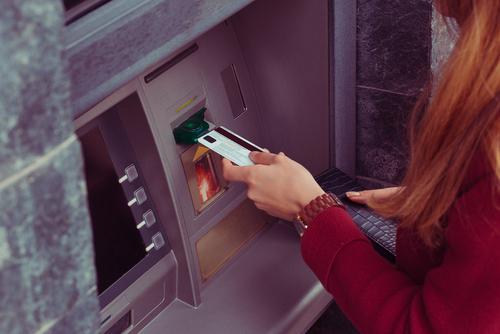 Gefälligkeitsverhältnis - Erblasserin gibt Vertrauensperson EC-Karte mit PIN - Barabhebungen